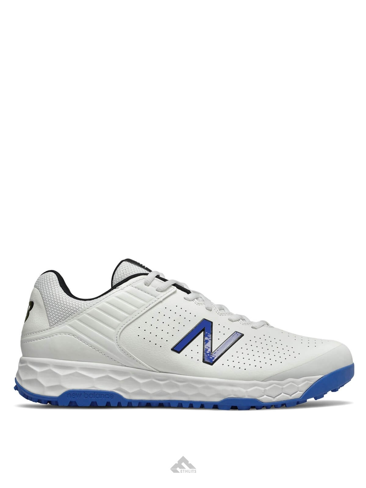 Espera un minuto Cuidado oferta  Buy New Balance CK4020 Blue Rubber Spike Cricket Shoes (2019-20) Online in  India at Best Price, Reviews